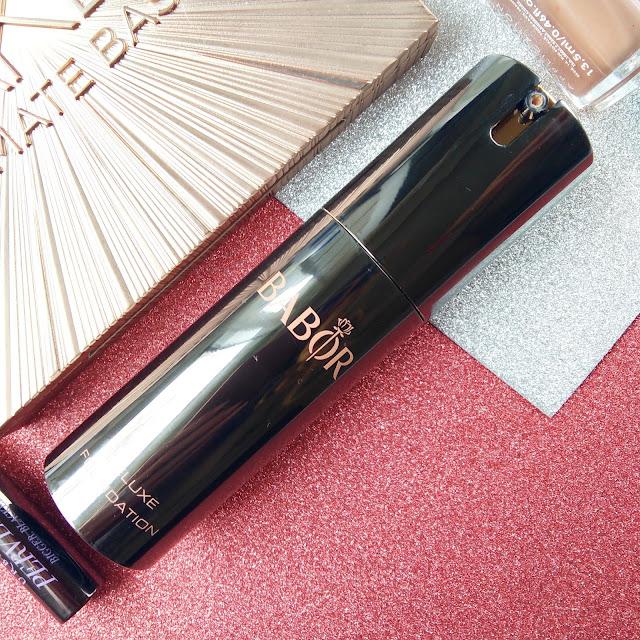 Base de maquillaje Deluxe de la línea AGE ID de BABOR