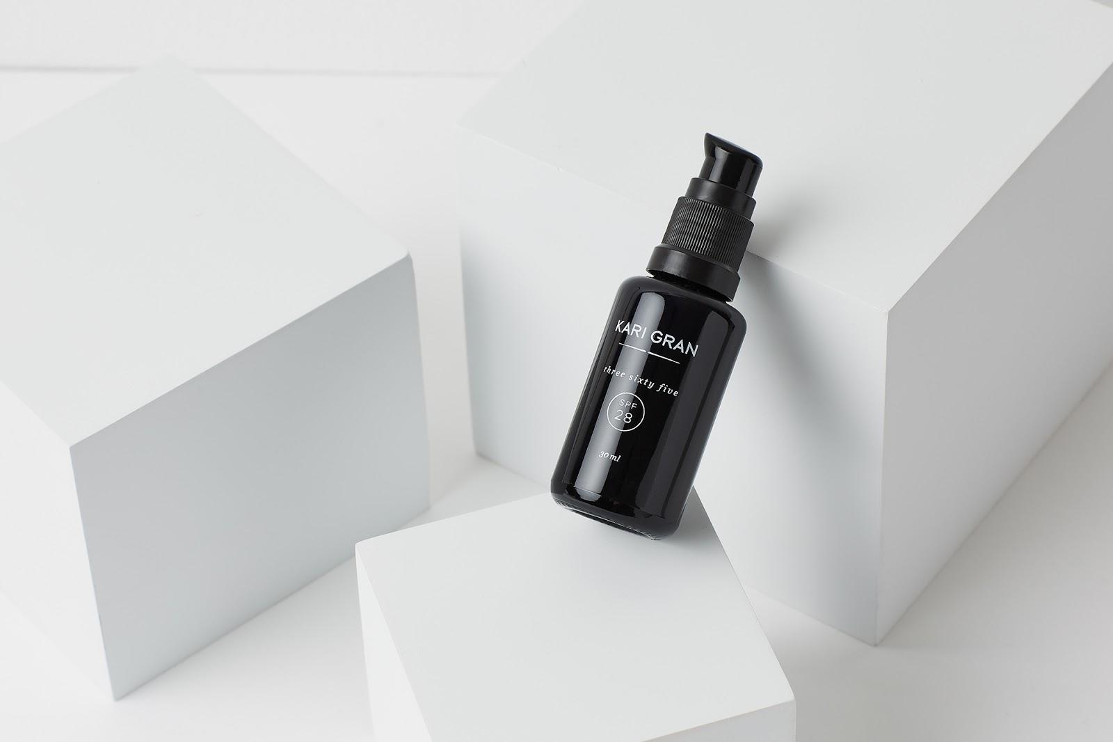 Kari Gran Three Sixty Five SPF 28 natural organic sunscreen for acne nontoxic hellolindasau linda sau