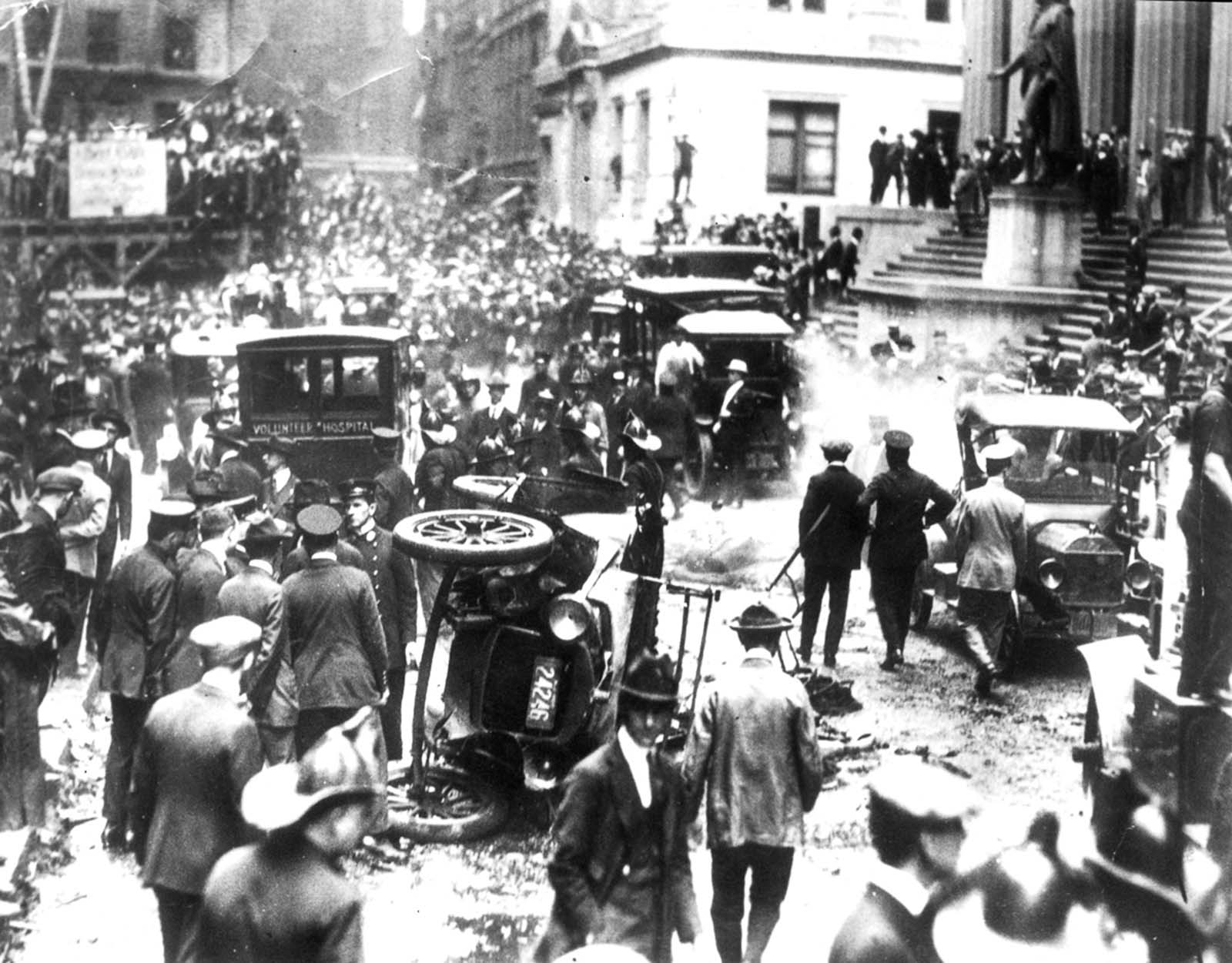 The bombing was never solved, although investigators and historians believe the Wall Street bombing was carried out by Galleanists (Italian anarchists), a group responsible for a series of bombings the previous year.