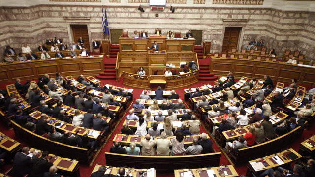 Ψηφίστηκε από 179 βουλευτές ο εκλογικός νόμος - Απλή αναλογική από τις μεθεπόμενες εκλογές
