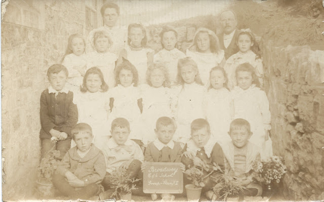 Broadway School photographs 1904-1908