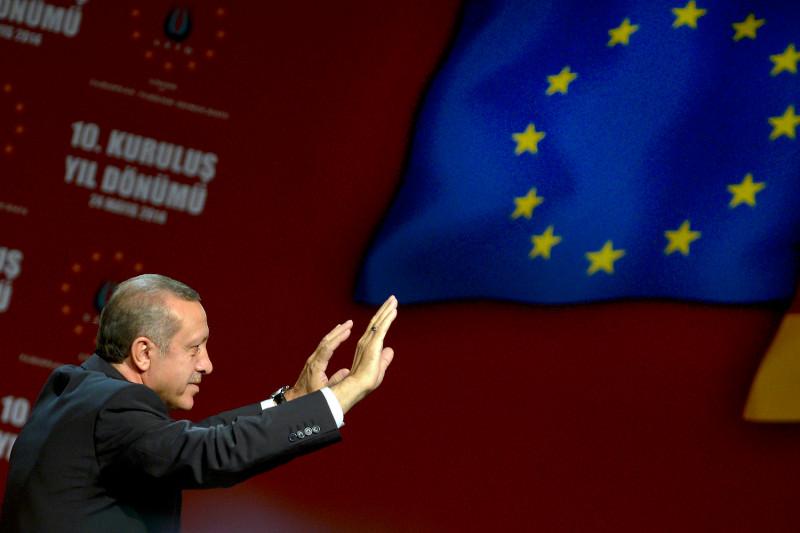 Ο Ερντογάν απειλεί την Ευρώπη