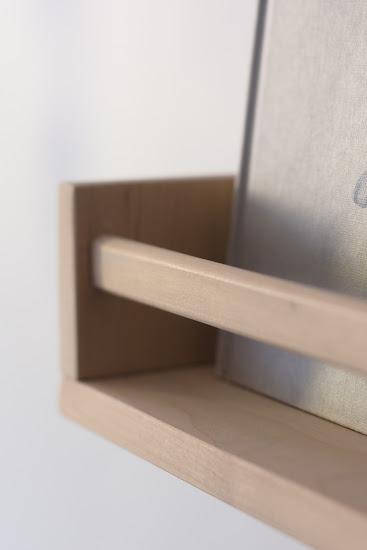 półka na książki z uchwytu na przyprawy