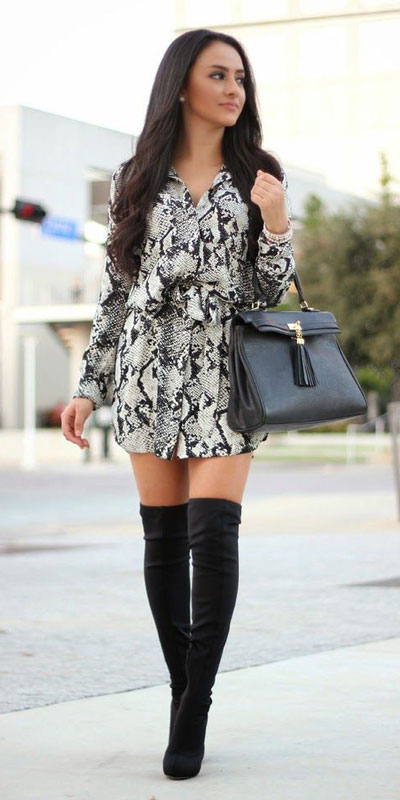 Need Style Inspiration for Fall Season. See these 31 Most Popular Fall Outfits to Truly Feel Fantastic. Fall Style via higiggle.com | mini black dress | #fall #falloutfits #style #dress