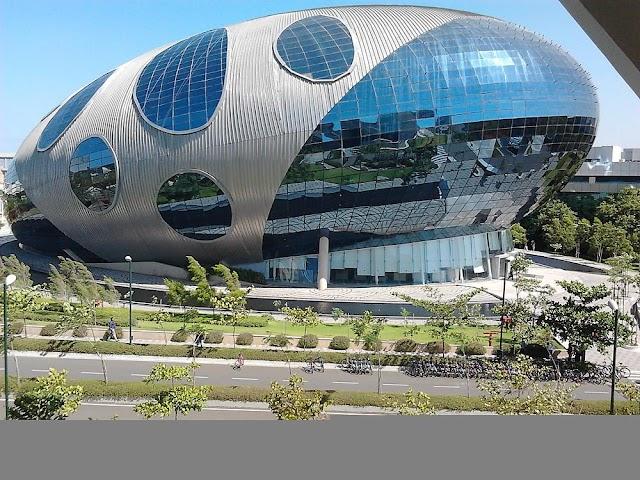 भारत के सबसे शानदार ऑफिस बिल्डिंग्स (India's Top 6 Amazing Office Buildings)
