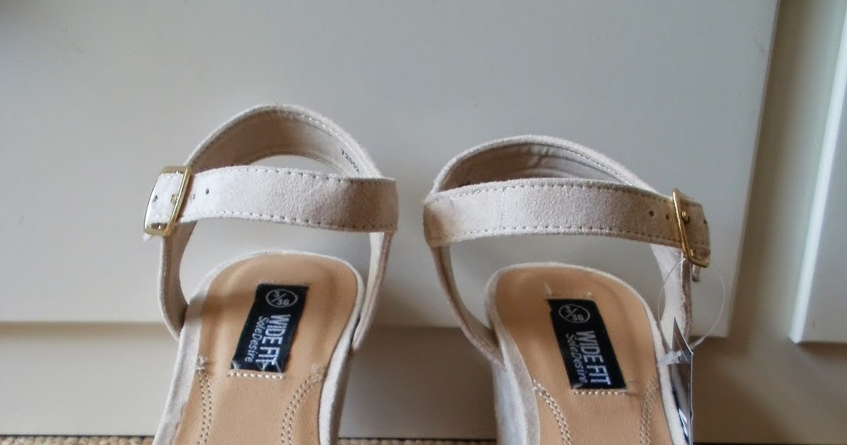 528302aa7d3d2 Porcelain Eleanor  Shoes on a Shoestring  6 Primark Laser Cut Low Wedge