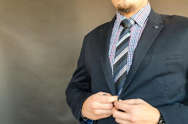 ragam bahan pilihan baju kerja