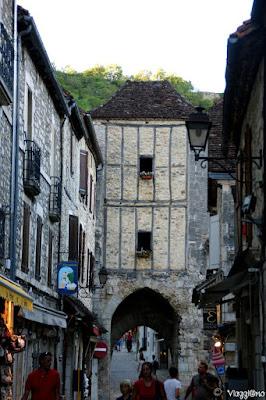 Una delle quattro porte di accesso del borgo di Rocamadour