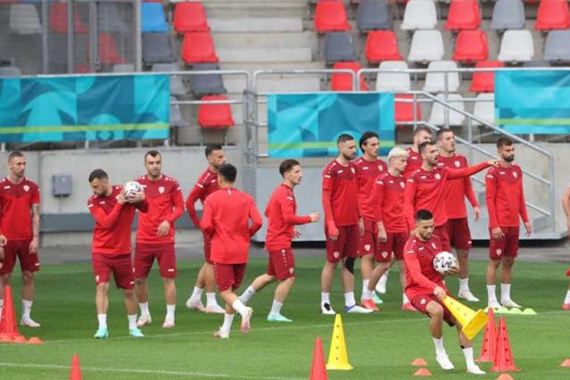 Η εθνική ομάδα ποδοσφαίρου της Βόρειας Μακεδονίας έκανε απόψε την πρώτη της εμφάνιση σε ευρωπαϊκό πρωτάθλημα, αγωνιζόμενη με αντίπαλο την εθνική Αυστρίας, από την οποία ηττήθηκε με 3-1, στο πλαίσιο της πρώτης αγωνιστικής του Γ΄ομίλου.