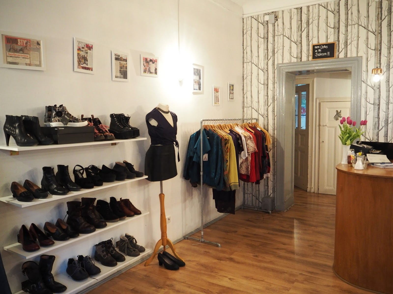 The best vintage shopping in Berlin Sing Blackbird vintage shop and cafe