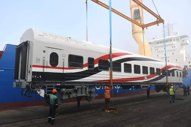 وزير النقل : وصول 22 عربة سكة حديد جديدة للركاب إلى ميناء الإسكندرية