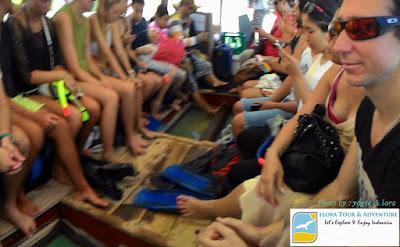 Naik Kapal untuk SNorkeling di Gili Trawangan