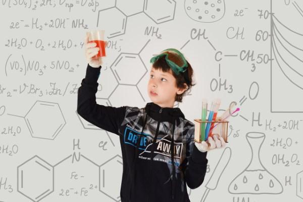 Aplikasi Penjawab Soal Kimia dengan Kamera yang Bisa Jadi Referensi