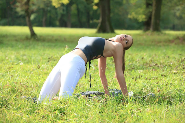Jordan-Carver-Yoga-Hot-Sexy-HD-Photoshoot-Image-24