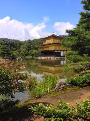 il tempio visto dallo stagno