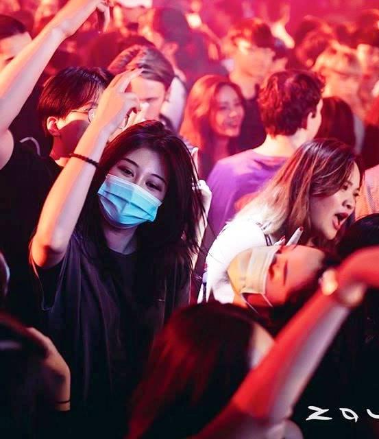 Nowadays go zouk need to wear mask.