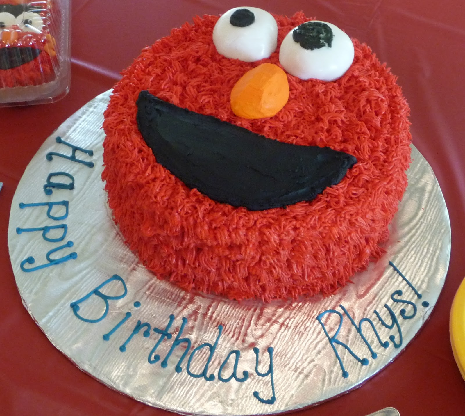 Cakewalk elmo cake by sweet t 39 s sweets for Elmo template for cake