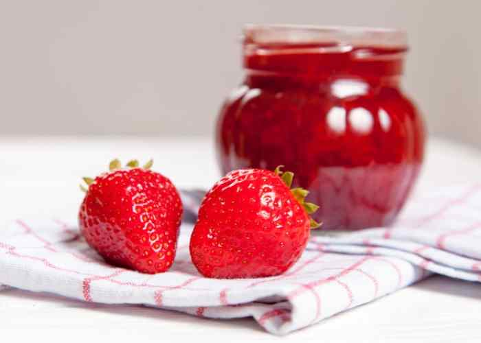 Instant Pot Strawberry Jam Recipe Low Sugar No Pectin