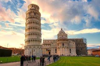 Asal Usul Miringnya Menara Pisa Italia