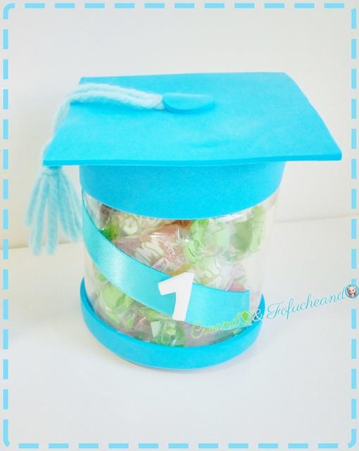 Dulcero-tarro-Como-hacer-dulceros-reciclados-para-graduaciones-creandoyfofucheando