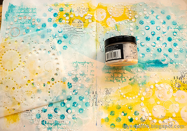 Layers of ink - Mixed Media Art Journaling Tutorial by Anna-Karin Evaldsson. Add texture paste.