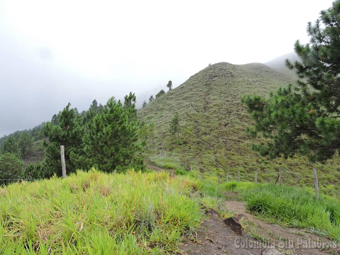 cerro quitasol un lugar natural para disfrutar en Bello