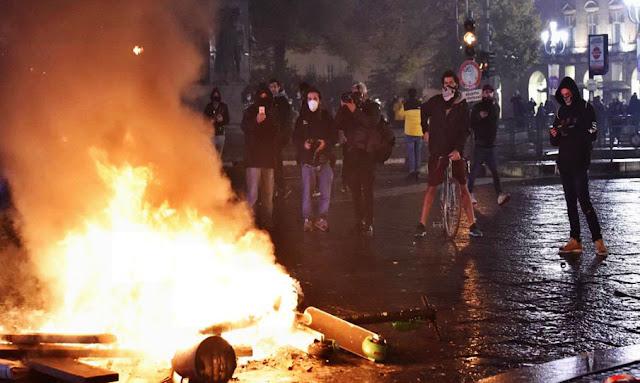 مظاهرات عنيفة في إيطاليا احتجاجا على إجراءات مكافحة فيروس كورونا (فيديو)!