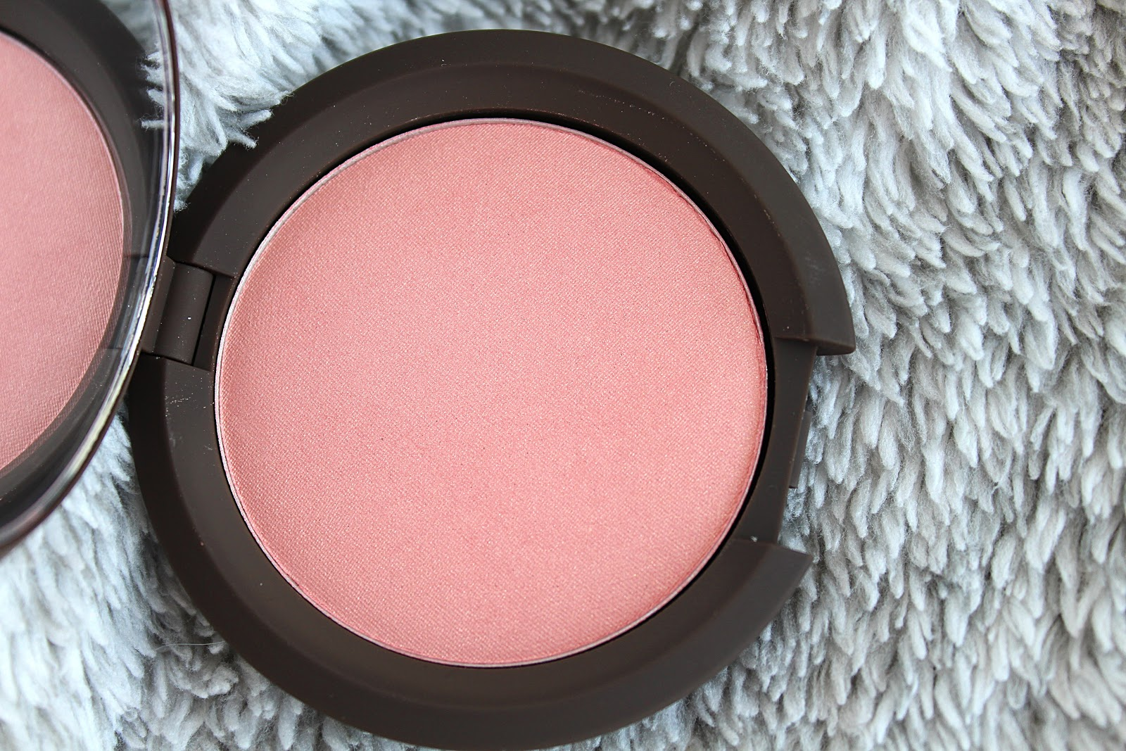 BECCA Flowerchild Blush Review | Life in Excess