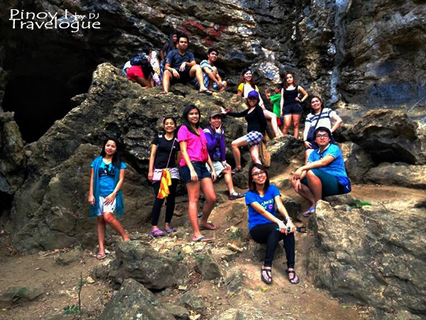 Group photo at the cave mouth