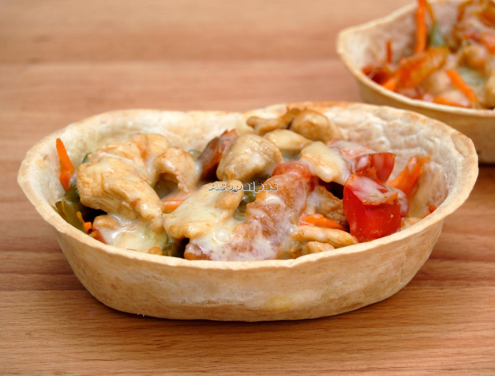 Barquitas de Pollo y Verduras Salteadas
