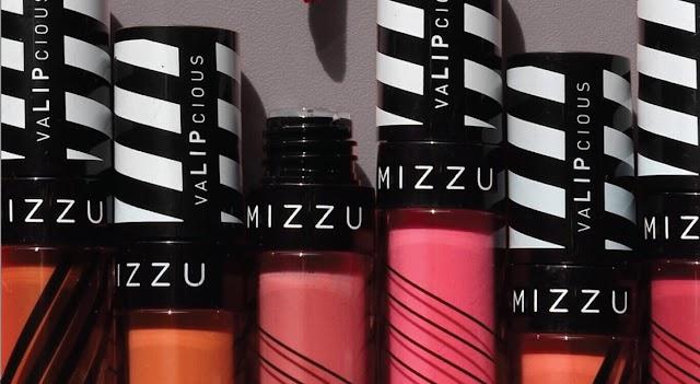 Inilah 4 Tips Memilih Warna Lipstik untuk Bibir Hitam