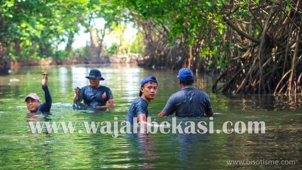 Pokdarwis Pondok Dua Kembali Laksanakan Aksi Bersih Kali Perbatasan Babelan - Muaragembong