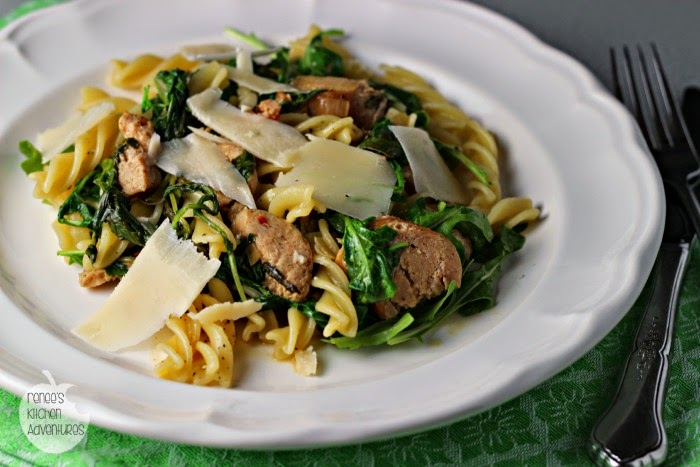 Peppery Pasta with Arugula and Sausage: Easy, healthy weeknight dinner