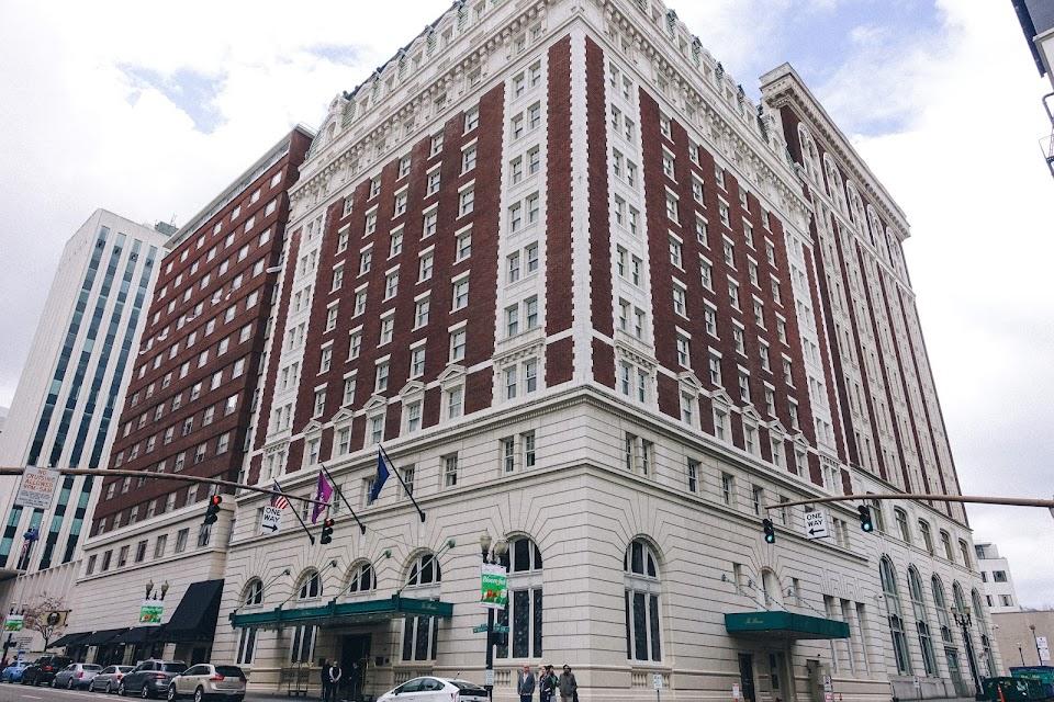 ベンソン・ホテル(Benson Hotel)