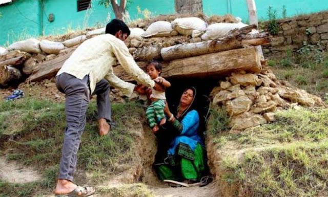পাকিস্তানের গুলি থেকে বাঁচতে কাশ্মীরের ঘরে ঘরে বাংকার হচ্ছে