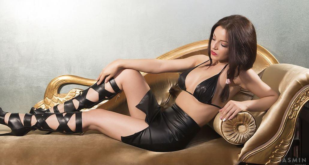 AnaisJ Model GlamourCams