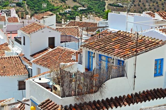 Travel   Andalusien Roadtrip   Málaga - Tagesausflug nach Frigiliana   luziapimpinella.com