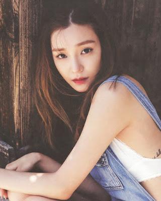 Tiffany 'SNSD' artis korea selatan yang punya tatto