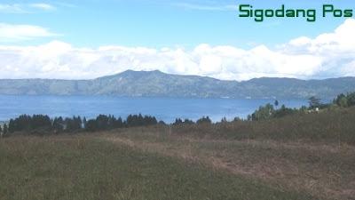 Danau Toba dari Simarmata