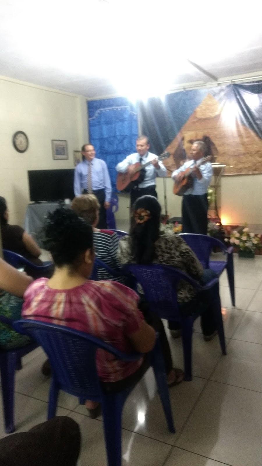 Instituto de antropologia samael y litelantes de el for Acuario salon de celebraciones