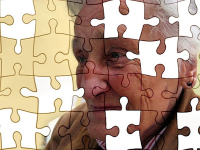 Apa itu penyakit Alzheimer? Gejala & Pengobatan