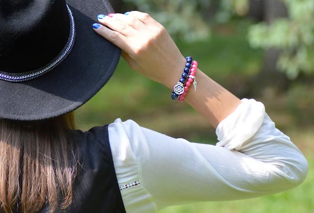 modne bransoletki z kamieni naturalnych