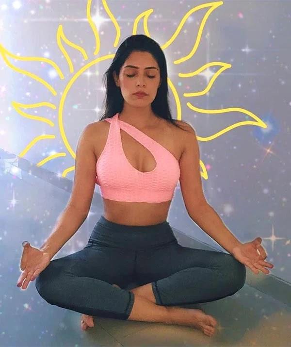 Swati Bakshi - wiki bio, films, web series, Instagram, photoshoots and more.