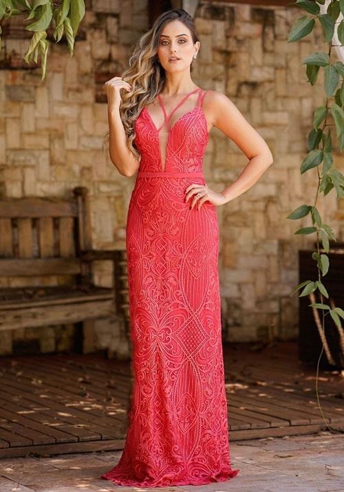 vestido coral rendado
