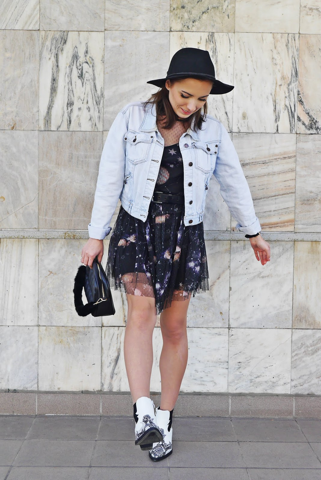 Cowboy shoes mesh dress denim jacket karyn blog modowy