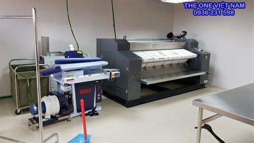Máy là lô cho xưởng giặt bệnh viện