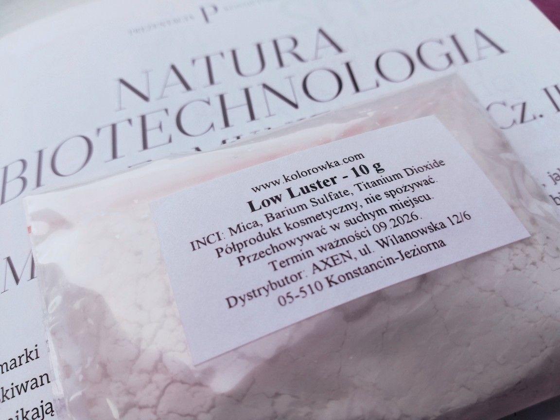Jak duże firmy kosmetyczne to robią, że ich kosmetyki są takie milusie? Rzecz o Low Luster.