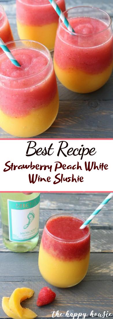 Strawberry Peach White Wine Slushie #cocktail #smoothie