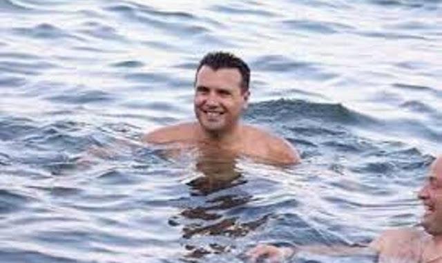 Προτιμάει τη…Μακεδονία Και επέλεξε τη χώρα μας.  για τις διακοπές του ο Ζάεφ! Σε κάμπινγκ με τη σύζυγό του