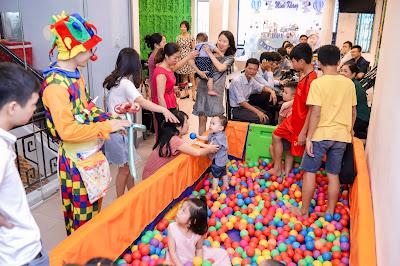 Thuê chú hề hoạt náo tổ chức trò chơi tại Hà Nội